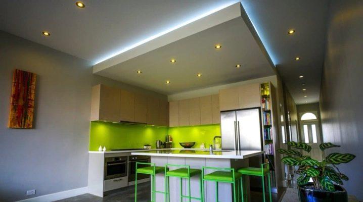 Hur man gör ett tak på gips med belysning?