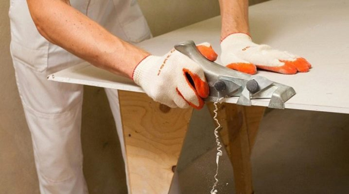 Planes for drywall: types and features of use