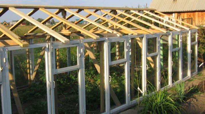 Hur man gör ett växthus utanför fönsterramar?