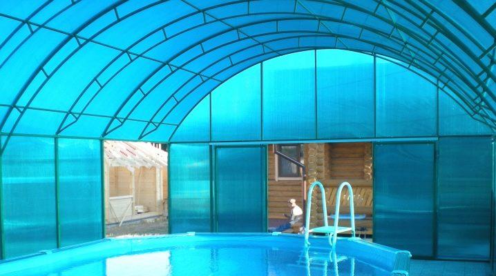 Hur man gör en pool i växthuset?