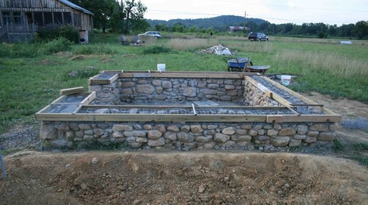 A fundação de entulho: características e tecnologia de construção