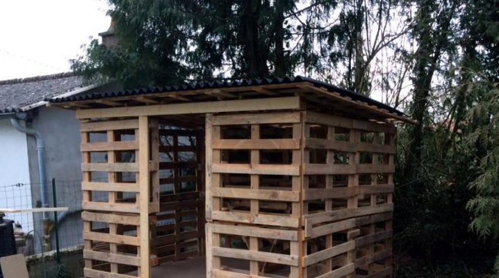 How to build a barn of pallets?