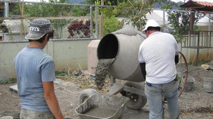 Как да изберем бетон и самостоятелно да подготвим смес за фондацията?