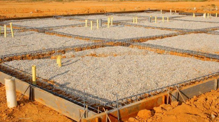 Fondazione di colonne e strisce: tecnologia di costruzione