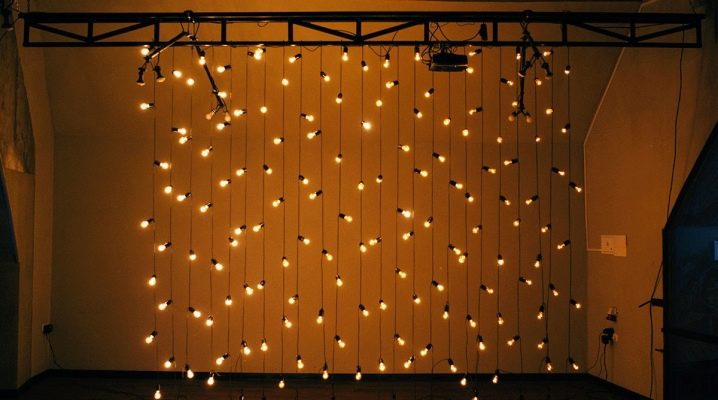 Retro garland: how to make and install?