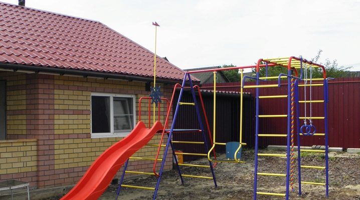 Children's sports grounds: types and subtleties of design