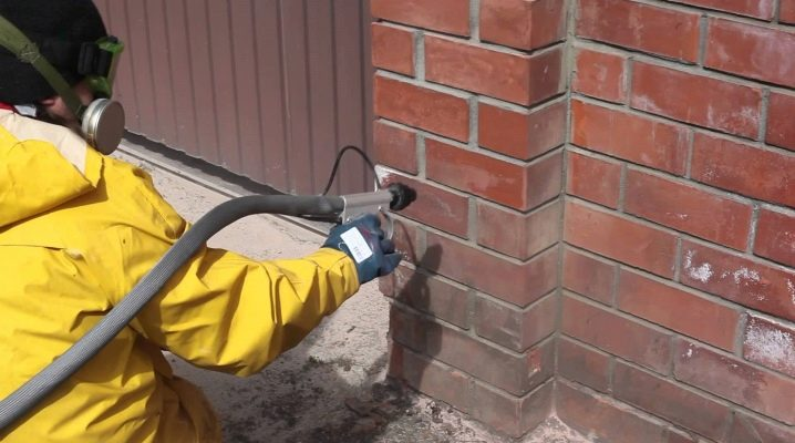Sandblasting bricks: what is needed and how is it carried out?