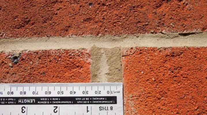 The dimensions of the seam in the brickwork by SNiP