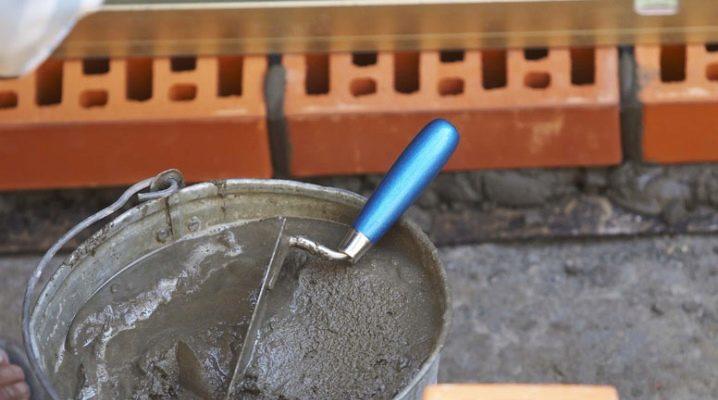 Egenskaper av murbruk för tegelläggning och teknik för deras förberedelse