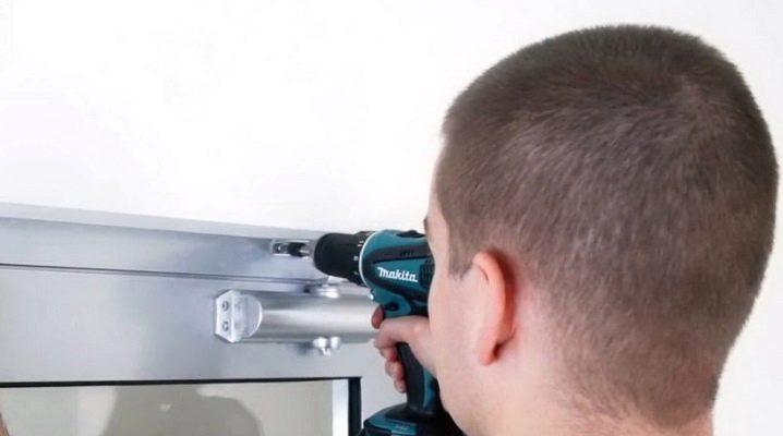 تركيب الباب أقرب: المراحل الرئيسية وكل ما تحتاجه