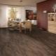 Hur släpper man linoleum på golvet?