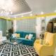 Hur man väljer inredningen för kombinationen av färggardiner med tapeter och möbler?
