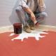 Hur börjar man måla golvet?