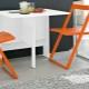 Chaises pliantes d'Ikea - une option pratique pour la pièce