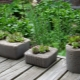 Making your own pot of concrete: the perfect setting for outdoor colors