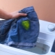 Hur tvättar man akrylfärg från kläder?