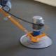Mekaniserad golvbeläggning: fördelarna och nackdelarna
