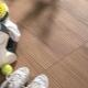 Slipfria golvplattor: egenskaper som du väljer