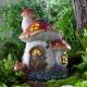 Figures de jardin pour donner et une maison de campagne