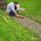 Laying paving slabs in the country with their own hands