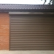 Roller shutters on the garage: the pros and cons