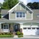 Hus med garage: vacker och funktionell design