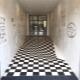 Kakel till en korridor: egenskaper vid val och läggning