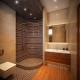 Мозаечна душ кабина: грандиозно интериорни детайли