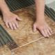 Subtiliteter som lägger kakel på golvet
