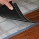 Läggande av PVC-plattor på golvet: processfunktioner