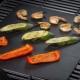 Mats för grill: Välj en non-stick beläggning för stekning på grillen