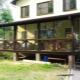 Varianter av projekt av hus med veranda