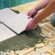 Välja ett varmt golv i badrummet under plattan