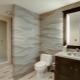 Carreaux de salle de bain 3D: caractéristiques, avantages et vues