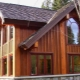 Subtiliteter av processen att avsluta fasaden med trä