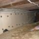 Начини за изолиране на основата в дървена къща отвътре