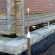 Înlocuirea și întărirea fundației sub o casă din lemn în picioare