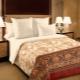 बिस्तर के लिनन के लिए मोटे कैलिको और साटन: गुण और कपड़े के मतभेद