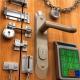 The details of the installation of door locks