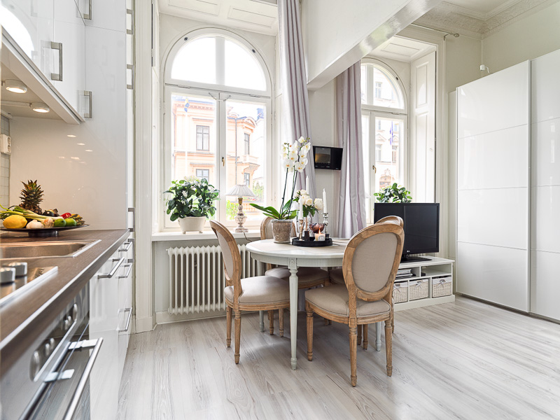 Kitchen Design Studios 15 16 17 Square M 60 Photos Kitchen Living Room 16 Meters In An Apartment With One Window
