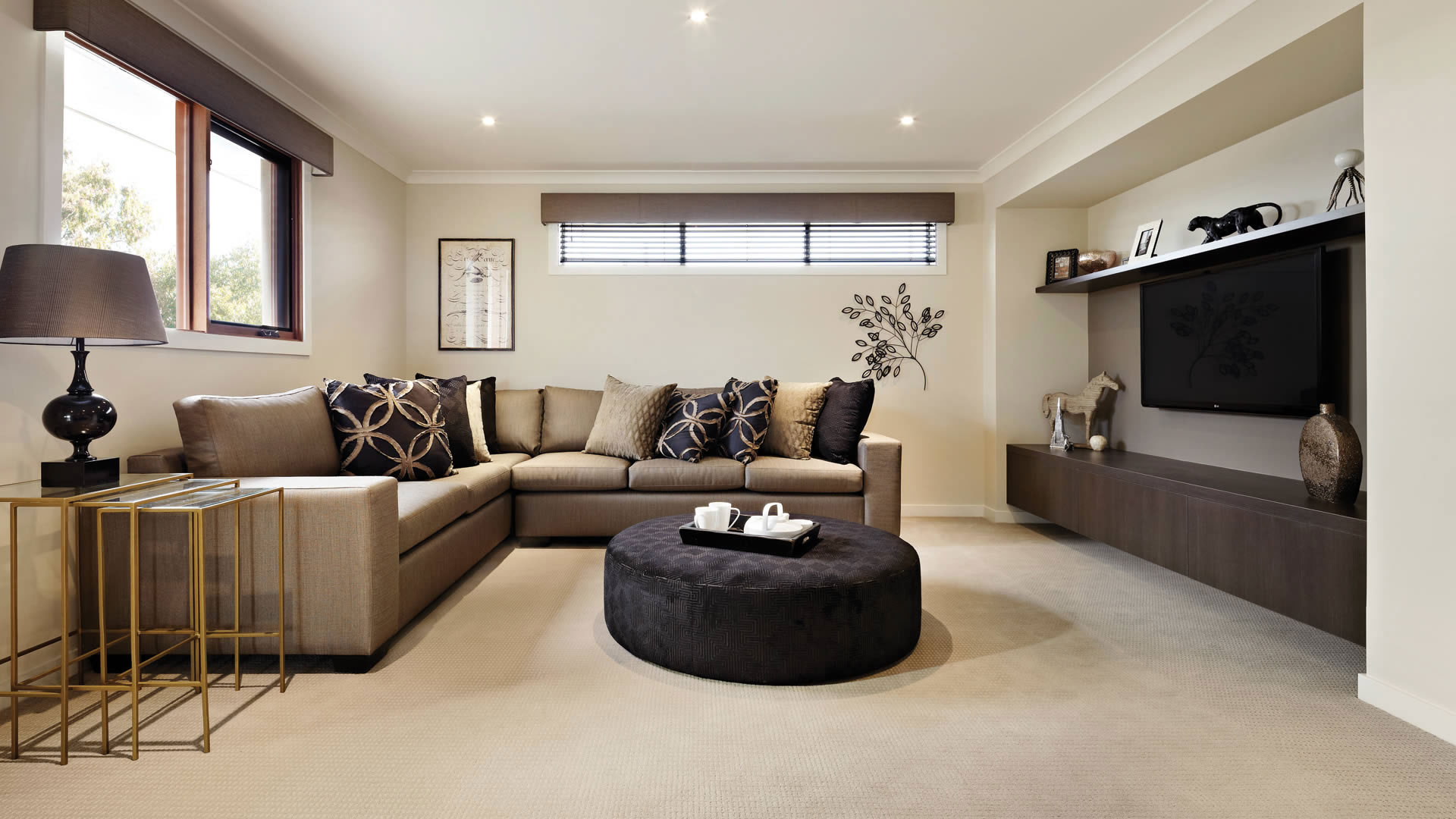 Brown Sofa 59 Photos Models Of Light And Dark Brown Color In Beige Brown Tones From Kozhzam