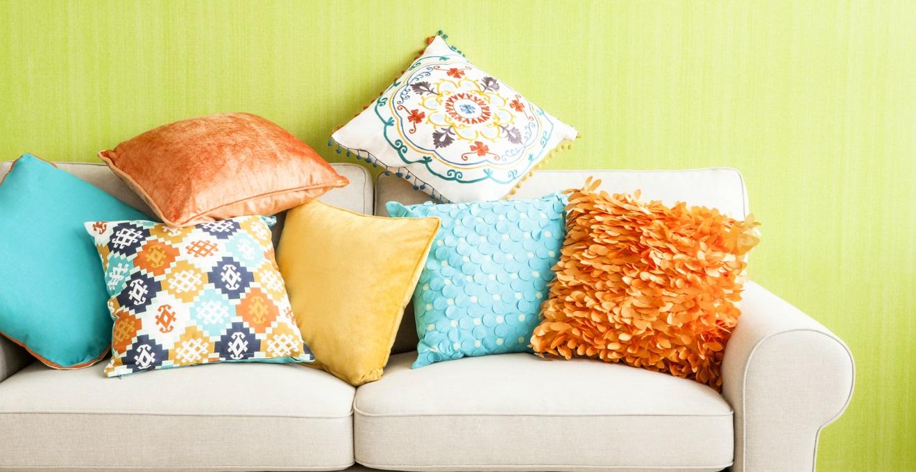 Arredamento Stile Hippie cuscini per il divano fai-da-te (36 foto): creazione di pad
