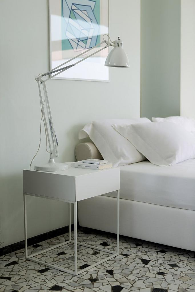 Comodini per la camera da letto (41 foto): le dimensioni dei ...