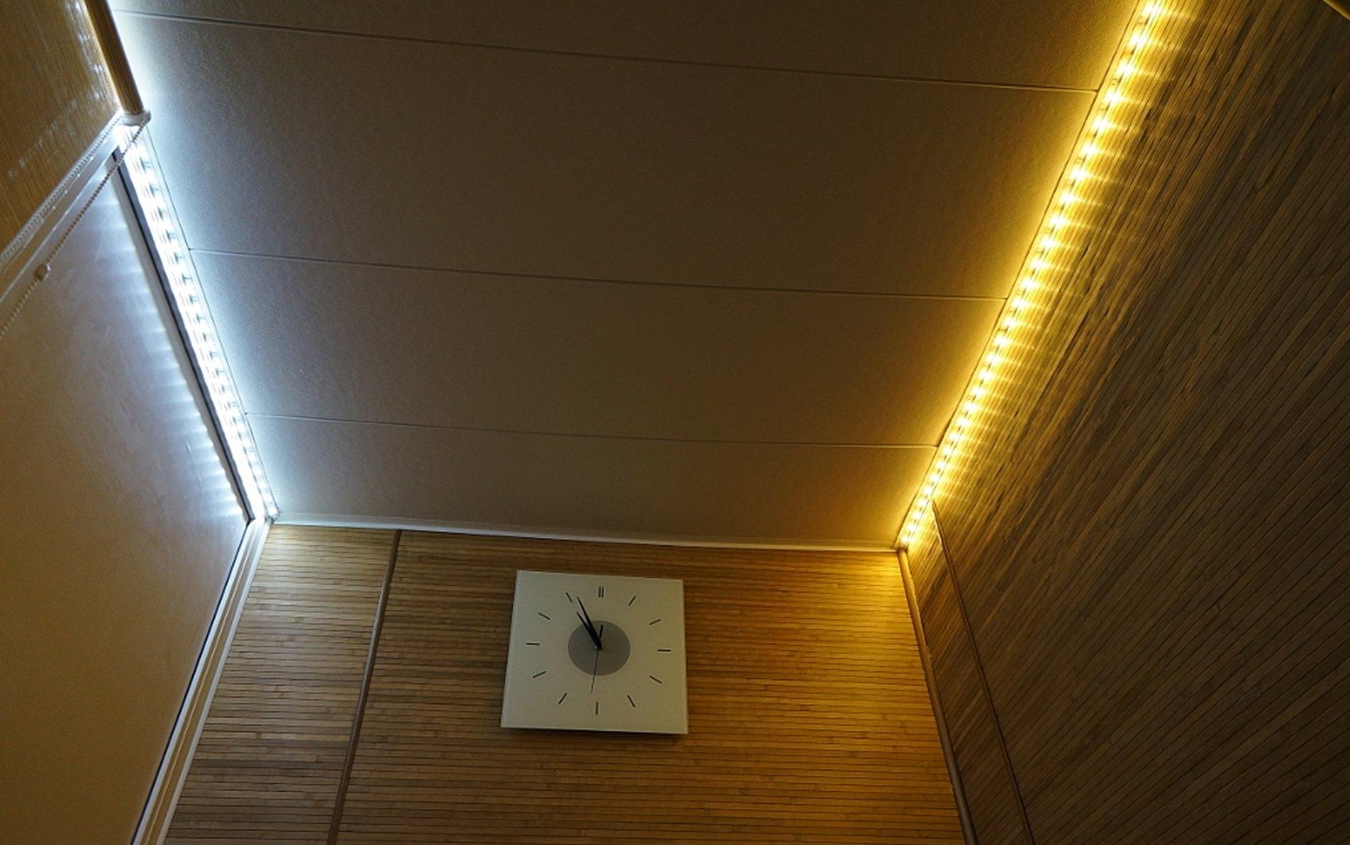 Illuminazione sul balcone foto lampade da esterno e da