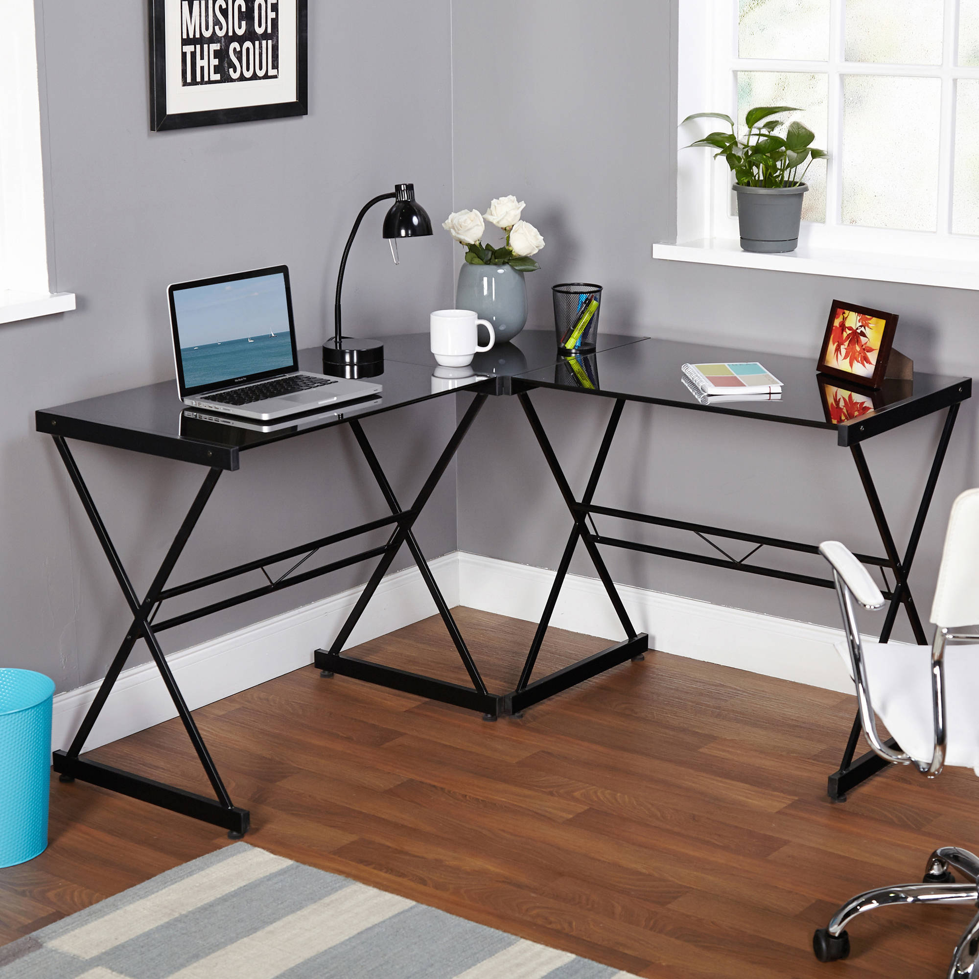 Computer Metal Table Iron Design For A