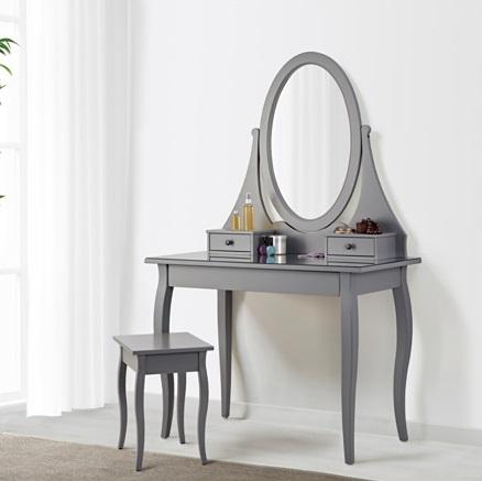 Scrivania Con Specchio Per Trucco Ikea.Toeletta Ikea 38 Foto Modelli Bianchi Con Luce E Uno