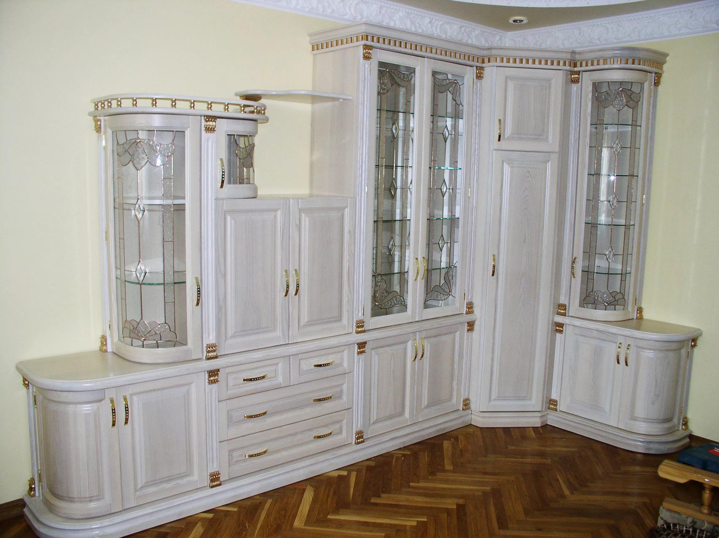 Sideboard Untuk Hidangan Di Ruang Tamu 42 Gambar Model Dengan Pameran Dalam Gaya Klasik Sudut Putih Moden Bufet Kayu