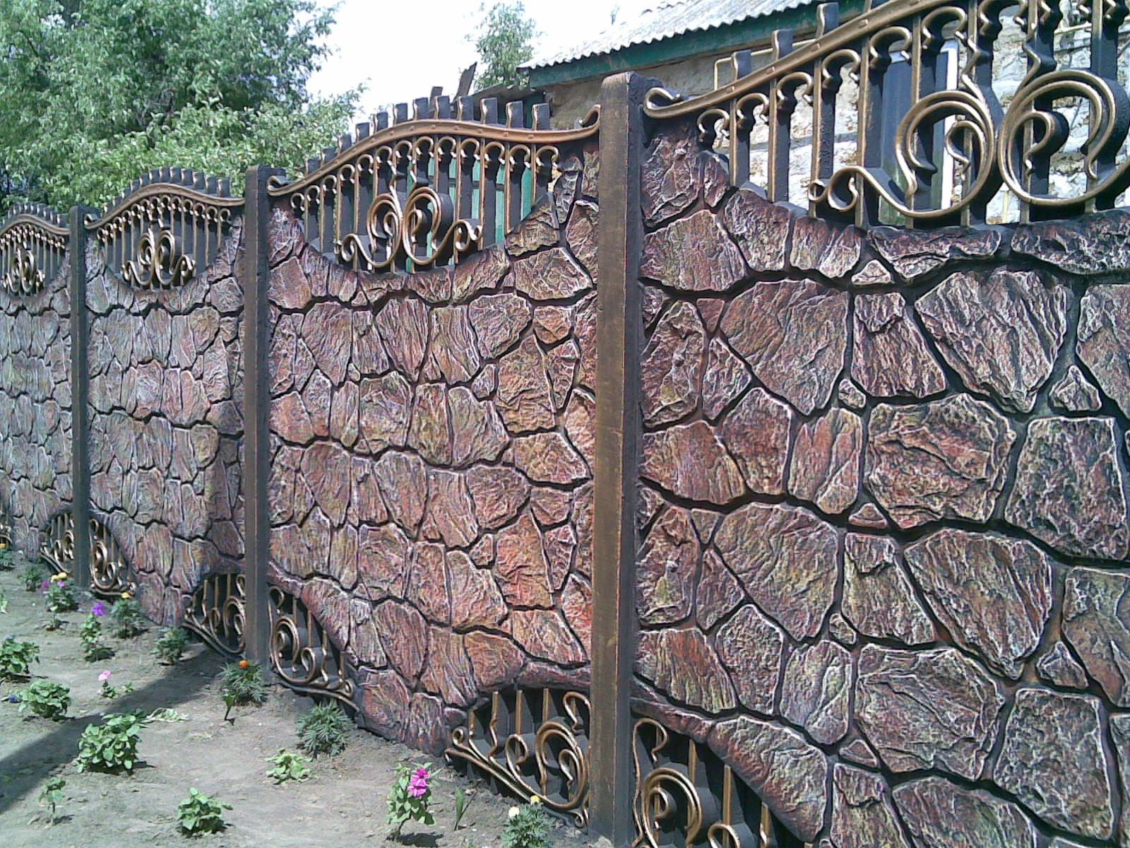 Staccionata Bianca In Legno recinzione in pietra (51 foto): un recinto di pietra con una
