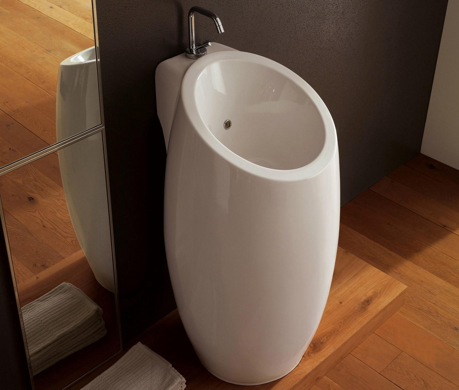 Lavandino Bagno Con Piede lavelli da terra: lavabi freestanding in bagno, modelli a