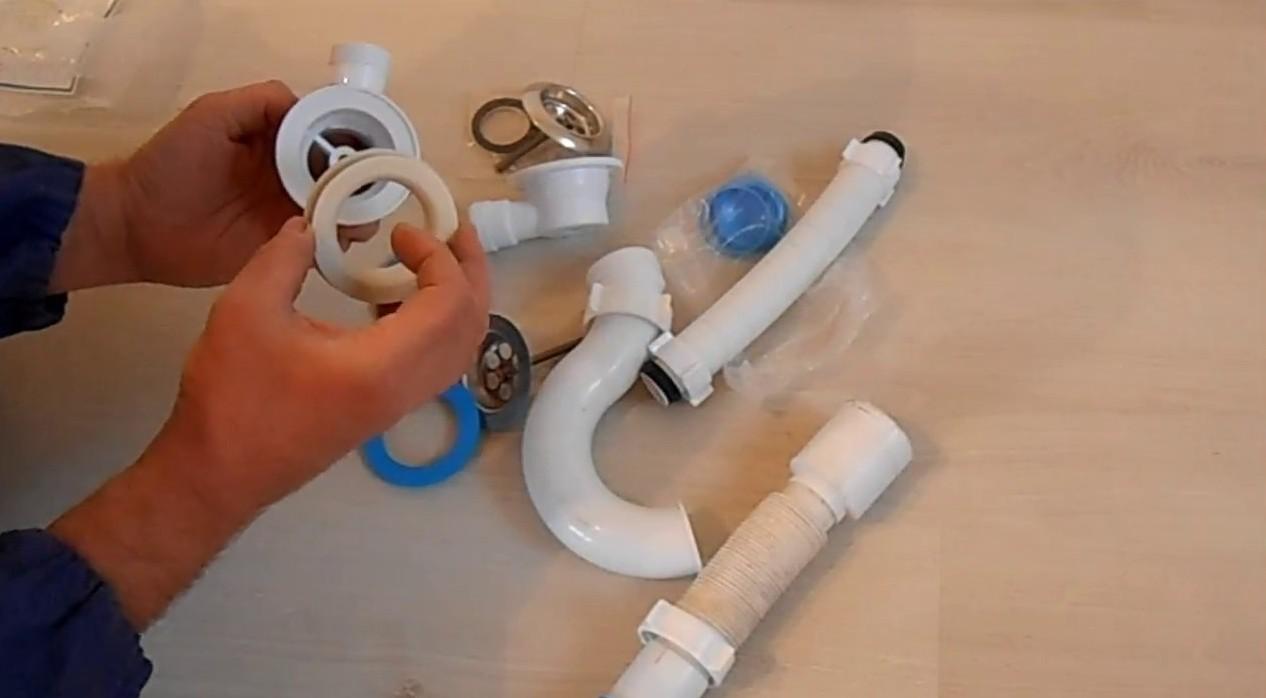 Come Si Monta Un Sifone come raccogliere il sifone per il lavandino? come installare